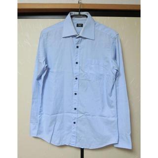 メンズビギ(MEN'S BIGI)のCROWDED CLOSET メンズビギ ブルー系細ストライプの長袖シャツ02(シャツ)