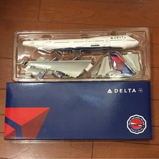 デルタ(DELTA)のDELTA  BOEING747-400  スケール1:200(模型/プラモデル)