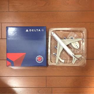 デルタ(DELTA)のDELTA  BOEING747-400  スケール1:400(模型/プラモデル)