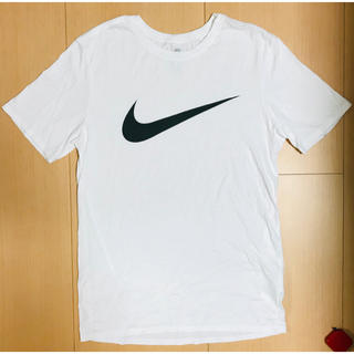 ナイキ(NIKE)のナイキ Tシャツ 新品 未使用(Tシャツ/カットソー(半袖/袖なし))