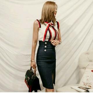 フリルリボン ブラウス&タイトスカート?キュート 大人 韓国 セットアップ (ひざ丈スカート)