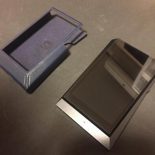 アイリバー(iriver)のiriver ak300 革製ケース付(ポータブルプレーヤー)