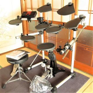 ヤマハ(ヤマハ)のヤマハ 電子ドラム ペダル イス マット 追加シンバル付き【送料込み】(電子ドラム)