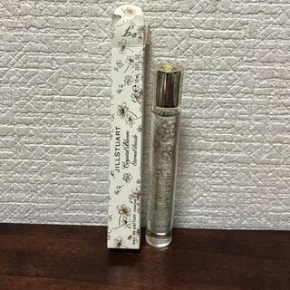ジルスチュアート(JILLSTUART)のローラーボール ゴールド 香水 ロールオンタイプ(香水(女性用))