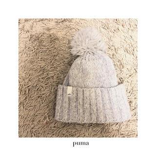 プーマ(PUMA)のpuma ポンポンニット帽 ウィンタースポーツにも◎(ニット帽/ビーニー)