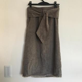 エムズエキサイト(EMSEXCITE)のペンシルスカート(ひざ丈スカート)