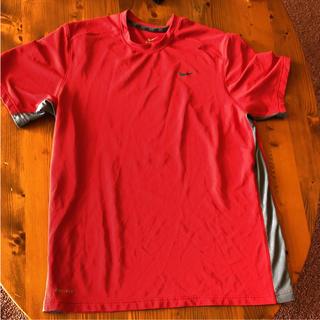 ナイキ(NIKE)のほぼ新品! ナイキ トレーニングウエア Tシャツ 男性用サイズL(トレーニング用品)
