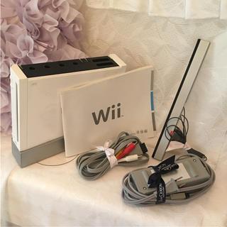 ウィー(Wii)のWii 本体のみ(家庭用ゲーム本体)