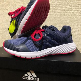 アディダス(adidas)の【新品】adidasアディダス Duramo8w 23cm ランニング シューズ(スニーカー)