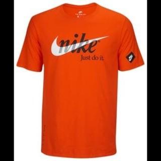 ナイキ(NIKE)の日本未発売☆NIKE Tシャツ Mサイズ☆オレンジ☆(Tシャツ/カットソー(半袖/袖なし))