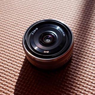 ソニー(SONY)の[送料込]SONY SEL16F28(レンズ(単焦点))