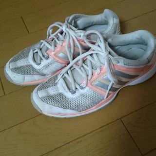 アディダス(adidas)のテニスシューズ(シューズ)