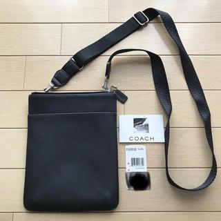 コーチ(COACH)の美品 COACH 男女兼用 ショルダーバッグ 斜めがけ 黒 レザー(ショルダーバッグ)