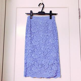 ジーユー(GU)のGU フラワータイトスカート(ひざ丈スカート)