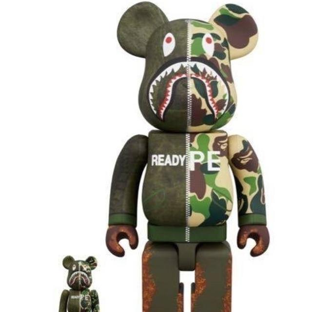 A BATHING APE(アベイシングエイプ)のBE@RBRICK READYMADE x A BATHING APE® エンタメ/ホビーのおもちゃ/ぬいぐるみ(キャラクターグッズ)の商品写真