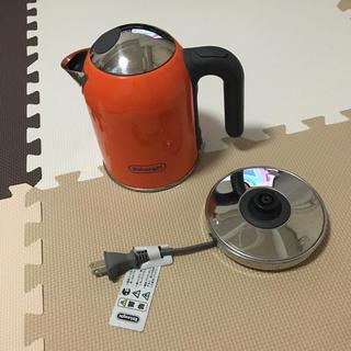 デロンギ(DeLonghi)のデロンギ電気ケトルSJM010J(電気ケトル)
