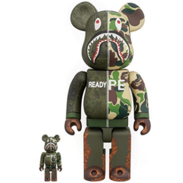 A BATHING APE(アベイシングエイプ)のBE@RBRICK APE 100%&400% エンタメ/ホビーのおもちゃ/ぬいぐるみ(キャラクターグッズ)の商品写真