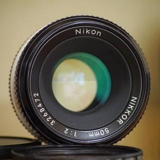 ニコン(Nikon)のニコンNikon Nikkor 50mm F2☆カビ無し(レンズ(単焦点))