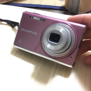 オリンパス(OLYMPUS)のデジタルカメラ 充電器 ジャンク品(コンパクトデジタルカメラ)