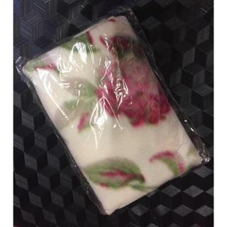 ローラアシュレイ(LAURA ASHLEY)のローラアシュレイ ブランケット 新品(毛布)