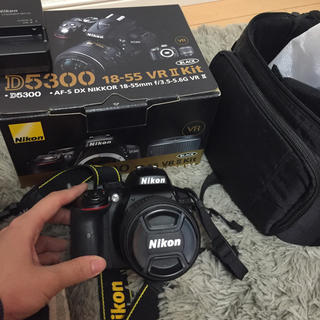 ニコン(Nikon)のニコン nikon  D5300  一眼レフ カメラ キット ブラック(デジタル一眼)