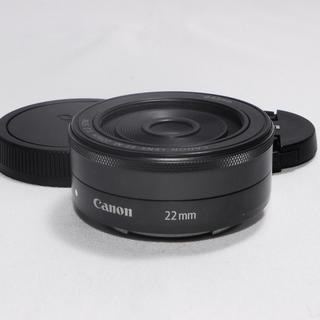 キヤノン(Canon)の☘極美品☘Canonキャノン単焦点レンズEF-M 22mm f2 STM(レンズ(単焦点))