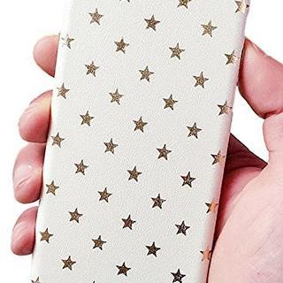 星柄がオシャレで可愛いスマホケース iphne7用 ホワイト(iPhoneケース)