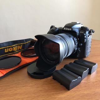 ニコン(Nikon)の【極美品】ニコン D500 シグマ 17-50 f2.8 シャッター少(デジタル一眼)