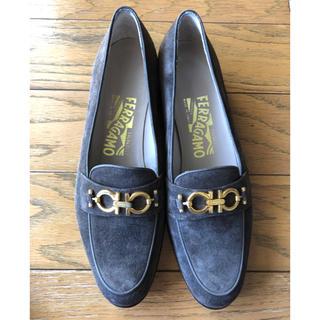 サルヴァトーレフェラガモ(Salvatore Ferragamo)のフェラガモ  ローファー サイズ7 2A  細幅靴(ローファー/革靴)