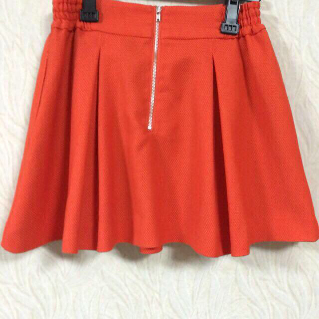 LOWRYS FARM(ローリーズファーム)のLowrys オレンジ スカート レディースのスカート(ミニスカート)の商品写真