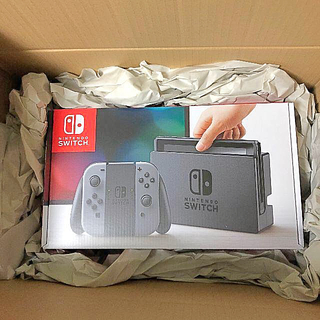 ニンテンドースイッチ(Nintendo Switch)の【定価以下・新品・未開封】 Nintendo Switch グレー(家庭用ゲーム本体)