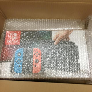 ニンテンドースイッチ(Nintendo Switch)のニンテンドースイッチ ネオンカラー 新品未開封 3台(家庭用ゲーム本体)