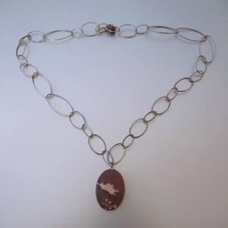 パピヨネ(PAPILLONNER)のパヒヨネ ブラウン天然石 ネックレス(ネックレス)