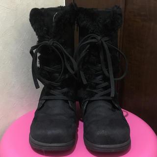 バーバリー(BURBERRY)のBURBERRY♡19cm♡編み上げブーツ♡黒♡スエード♡ボア♡バーバリー♡(ブーツ)