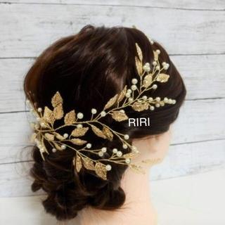 小葉のモチーフがかわいい♡ヘッドドレス