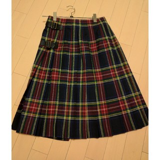 ラップスカート(ひざ丈スカート)
