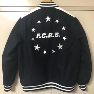 エフシーアールビー(F.C.R.B.)のFCRB スタジャン(スタジャン)