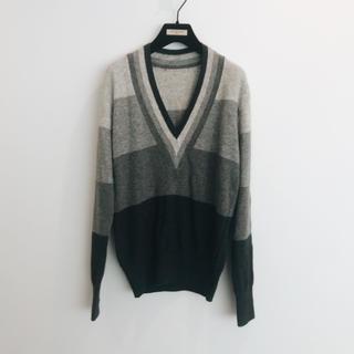 アルマーニ(Armani)のグレー イタリア 糸使用 ラナウール ニット 新品未使用(ニット/セーター)