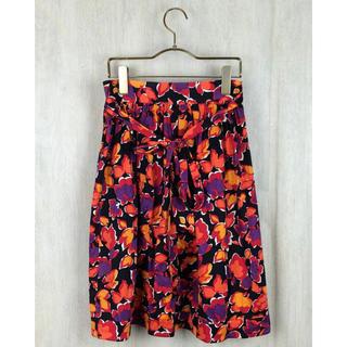 イヴサンローランボーテ(Yves Saint Laurent Beaute)のYVES SAINT LAURENT 花柄 巻きスカート(ひざ丈スカート)