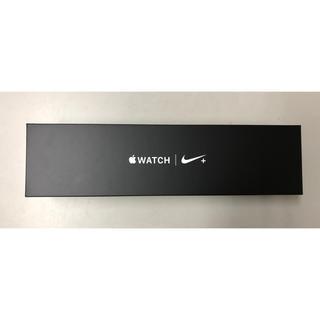 アップルウォッチ(Apple Watch)のcomria様専用 アップルウォッチ シリーズ4 Nike 40mm ブラック(腕時計(デジタル))