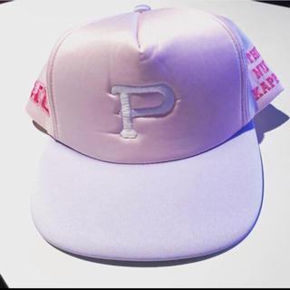 ディズニー(Disney)の美品 一度のみ使用 モンスターズインク 帽子 ピンク リボン キャップ(キャップ)