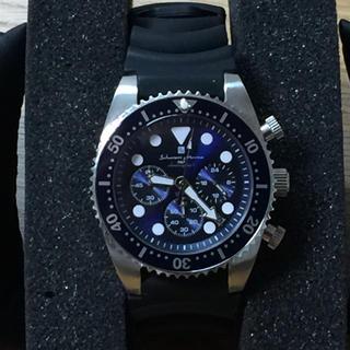 サルバトーレマーラ(Salvatore Marra)の腕時計 本格ダイバーウォッチ 200m防水 ネジ込リューズ ラバーベルト(腕時計(アナログ))