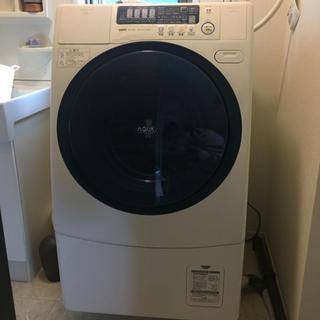 サンヨー(SANYO)のサンヨー AQUA ドラム式洗濯乾燥機 AWD-AQ380-L 2010年製(洗濯機)
