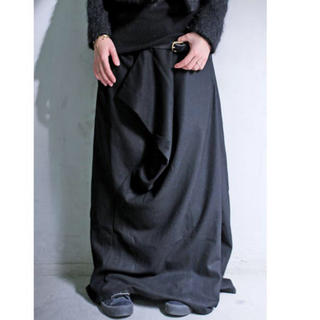 アンティカ(antiqua)のアンティカ   ドレープスカート ブラック 新品未使用タグ付き(ロングスカート)