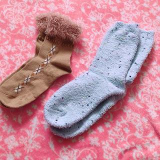 ユニクロ(UNIQLO)のもこもこ靴下 2足セット☆(ソックス)