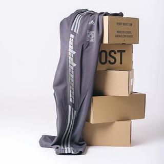 アディダス(adidas)のyeezy adidas カラバサス trackpant Sサイズ(その他)