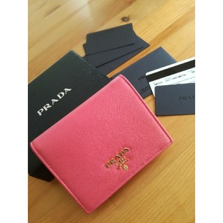 PRADA - 美品♡PRADA 二つ折り財布♡サフィアーノ ミニウォレット♡ピンク