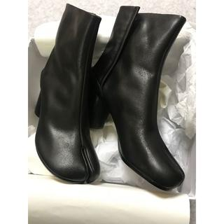 マルタンマルジェラ(Maison Martin Margiela)のメゾン マルジェラ ブーツ 足袋ブーツ ショートブーツ ブラック 黒(ブーツ)