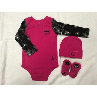 ナイキ(NIKE)のジョーダン ロンパース 帽子 靴下 セット 出産祝い ピンク(ロンパース)