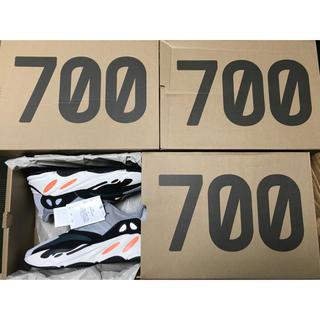 アディダス(adidas)の⚠️LSIRPPPPAW様専用⚠️Yeezy Boost 700(スニーカー)